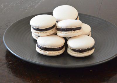 CWS-0125-3 Dark Chocolate and Vanilla Macarons