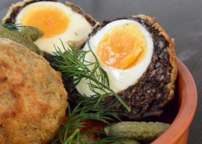 CWS-0225-3 Black pudding scotch eggs