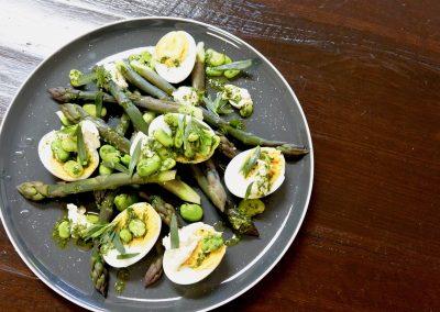 CWS-0267-1 Asparagus, Broad Bean, Duck Egg, Labneh and Tarragon Dressing